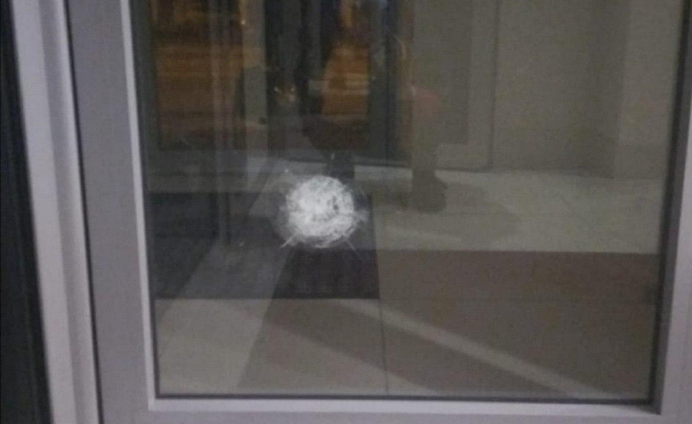 У Харкові обстріляли будівлю консульства Азербайджану