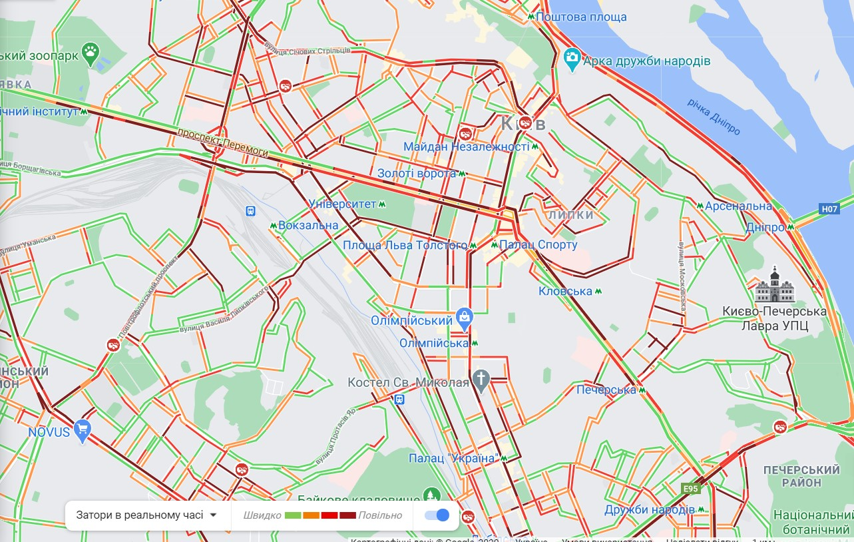 Киев остановился в пробках: карта